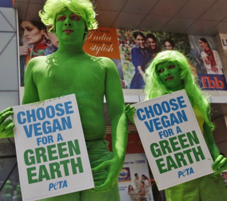 peta-earth-day 2013 vegan campaigners in india