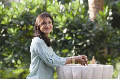 Dr Lamees Hamdan Shiffa natural organic skincare