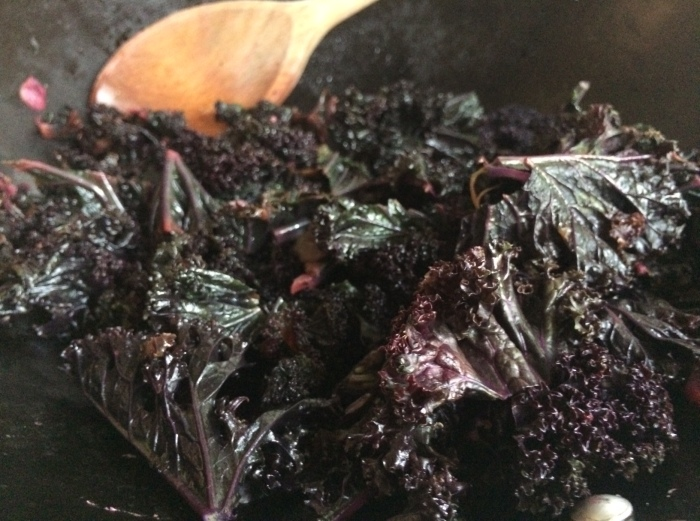 How to cook purple kale - ideas for veggie/vegan food