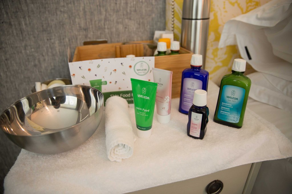 weleda skin food 90 birthday facial